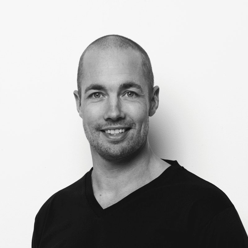 Casper Brandis har en bred erfaring med belysning til kontorer, offentlige bygninger og boligen