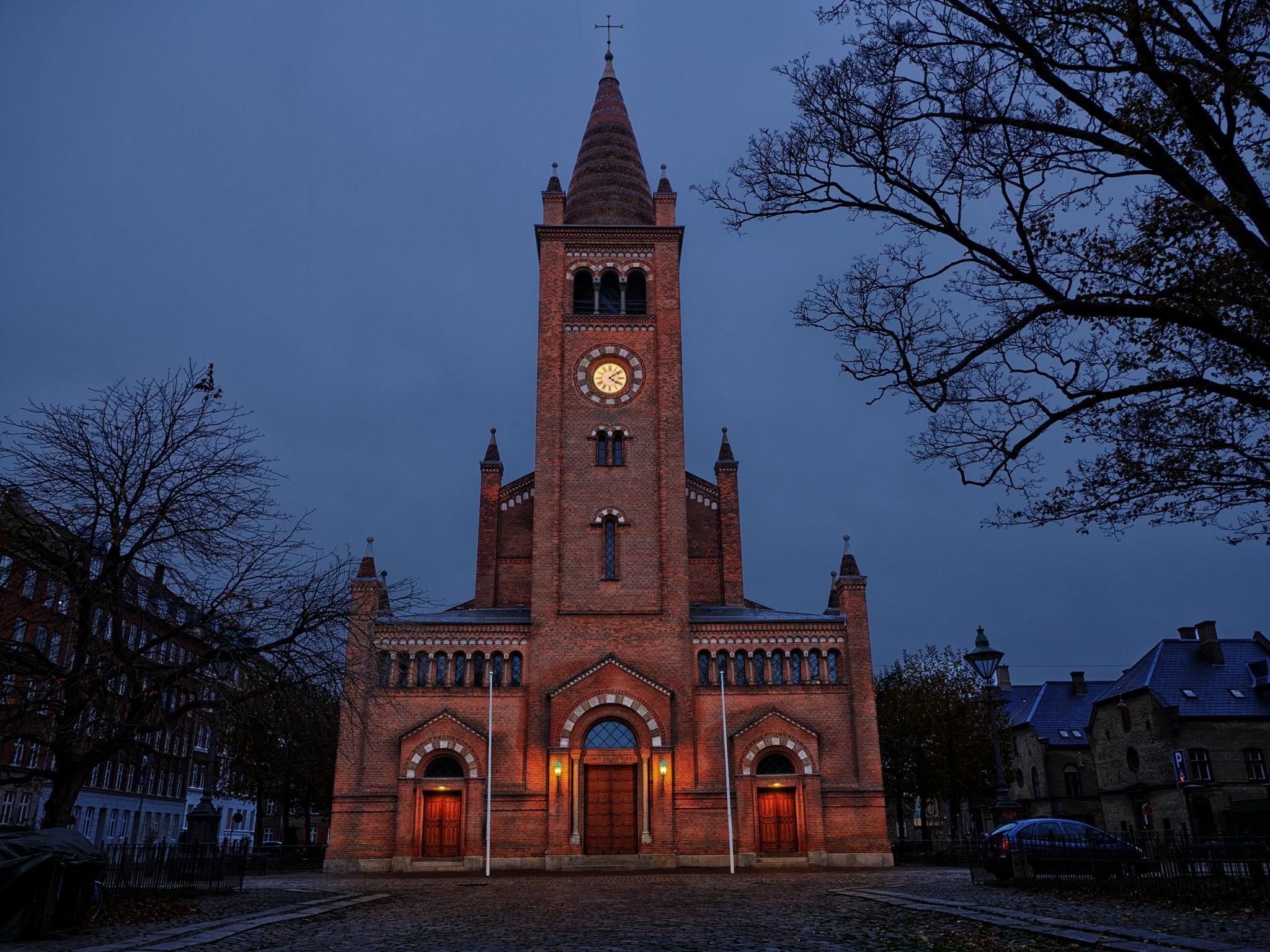 Lightplanner har lavet teknisk lysstyring og energioptimering af lyset i Sankt Pauls kirke