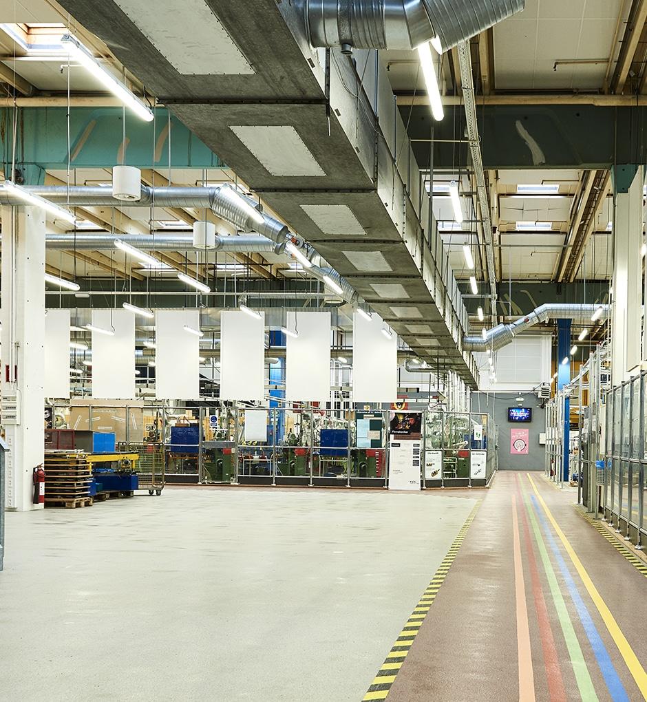 Billede af sensorstyret lys designet af Lightplanner der opfylder belysningskravene for arbejdsbelysning