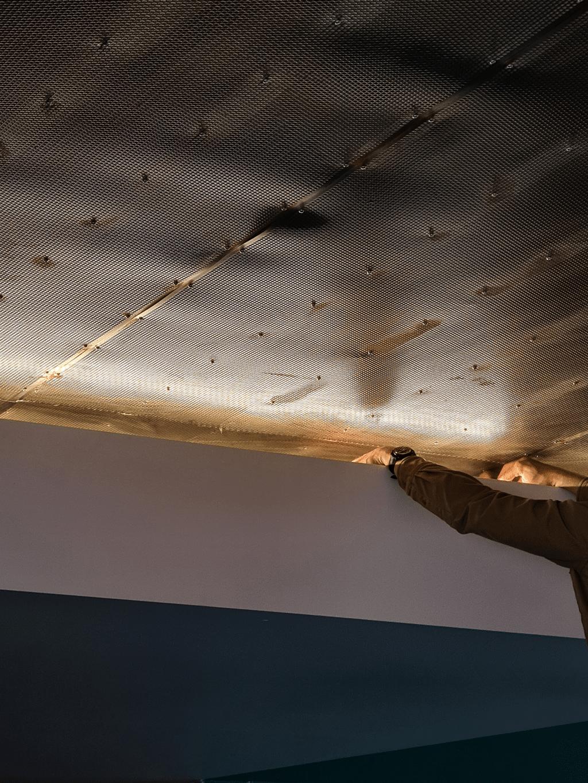 Billede af installation af specialdesignet arkitektonisk belysning til kontorbyggeri på Nørrebro